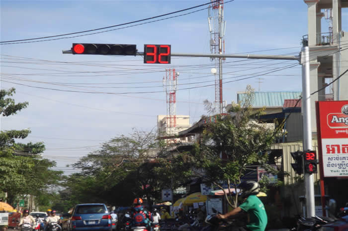 BBE LED Traffic Light and Countdown Timer Project in Cambodia.