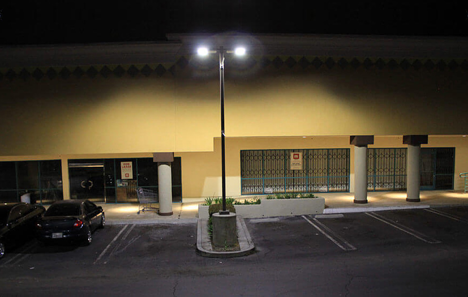 BBE LED Area & Street Light LSA3 mounted for the parking lot lighting in US